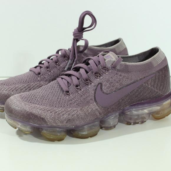 1172f05822e3f Nike Air Vapormax Flyknit Violet Plum 849557-500. M 5b2c697b34a4efe015a1a81b
